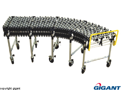 Scissor conveyor with wheels in steel