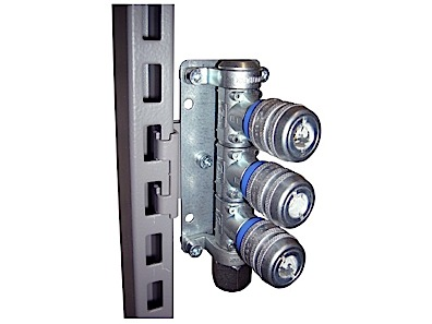 Upright bracket